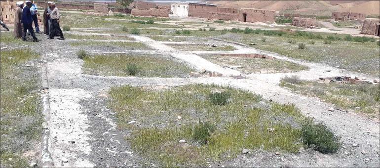 حکایت روستای محرومی که آرامستان هم ندارد!