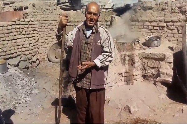 مشکلات تولید شیره انگور در روستای علیک شهرستان خوشاب